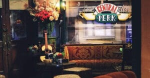 Las 7 cafeterías más icónicas del cine