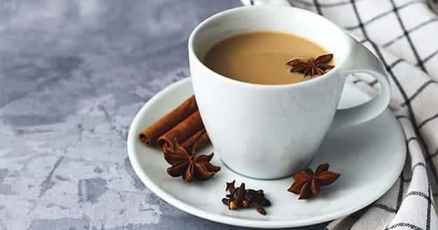 Cómo se hace té chai latte